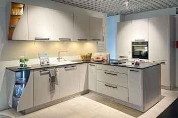 Interliving Küche Serie 3410 Sahara softmatt Dekton Arbeitsplatte Koje 375
