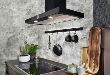 Nobilia Speed Schwarzbeton Nachbildung Kochfeld mit matt schwarzer Dunsthaube und beleuchtetetem Relingsystem
